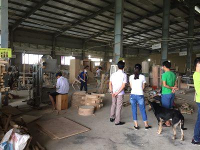 Thăm xưởng sản xuất nội thất