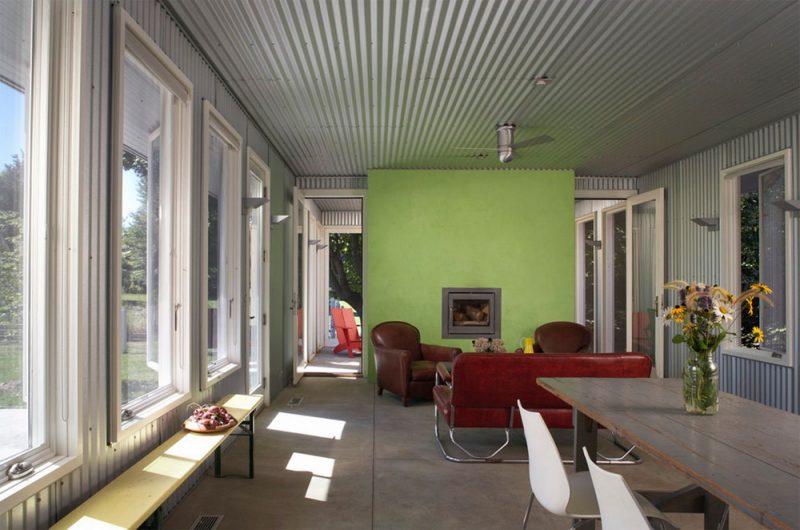 Phối màu xanh lá và đỏ cho phòng kháchPhối màu xanh lá và đỏ cho phòng khách