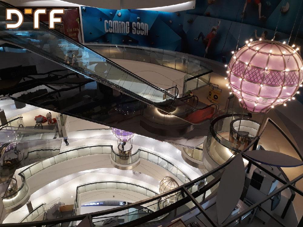 Thi công hệ thống đèn điện chiếu sáng Crescent Mall